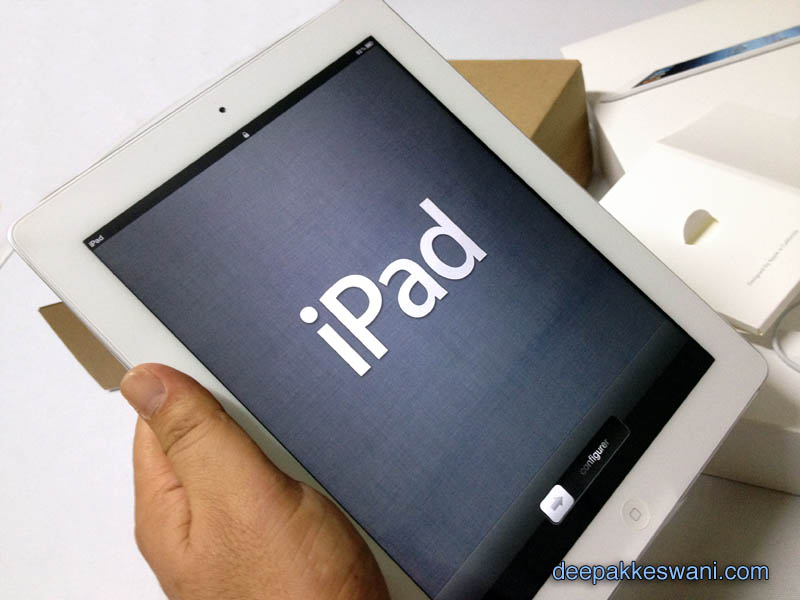 Unboxing new iPad 3rd Generation